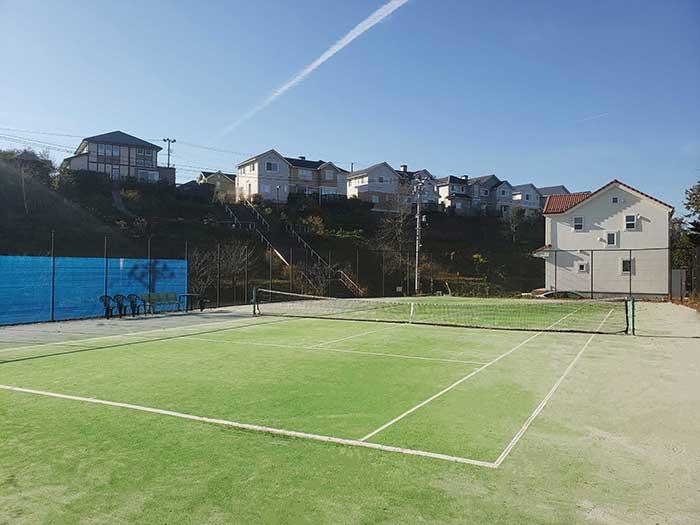 館テニスコート付きモデルハウス
